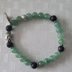 Green adventurine bracelet with lava beads